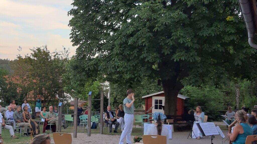 Abendmusik im Kindergartenhof